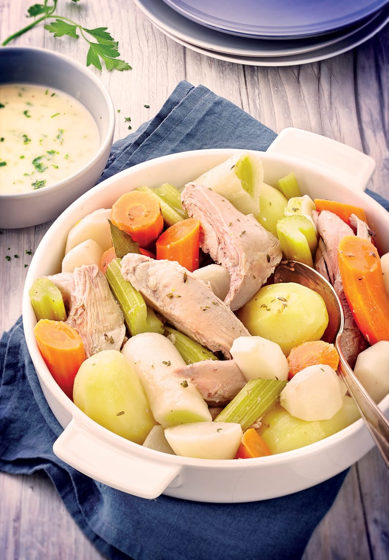 Photo de/du Cuisse de dinde en pot-au-feu, sauce poulette par WW