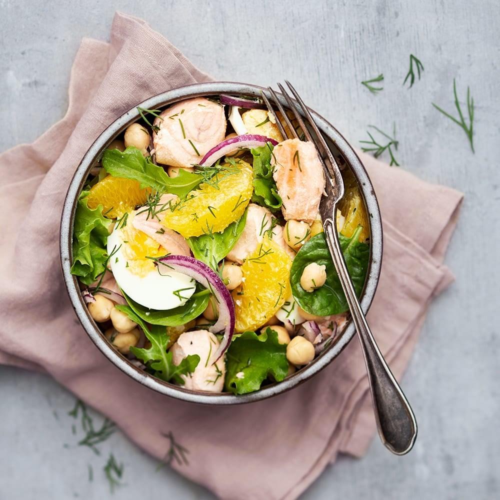 Photo de/du Grande salade de saumon frais par WW
