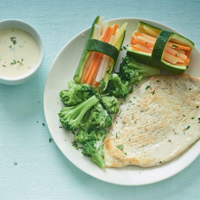 Photo de/du Escalope de dinde aux petits légumes par WW
