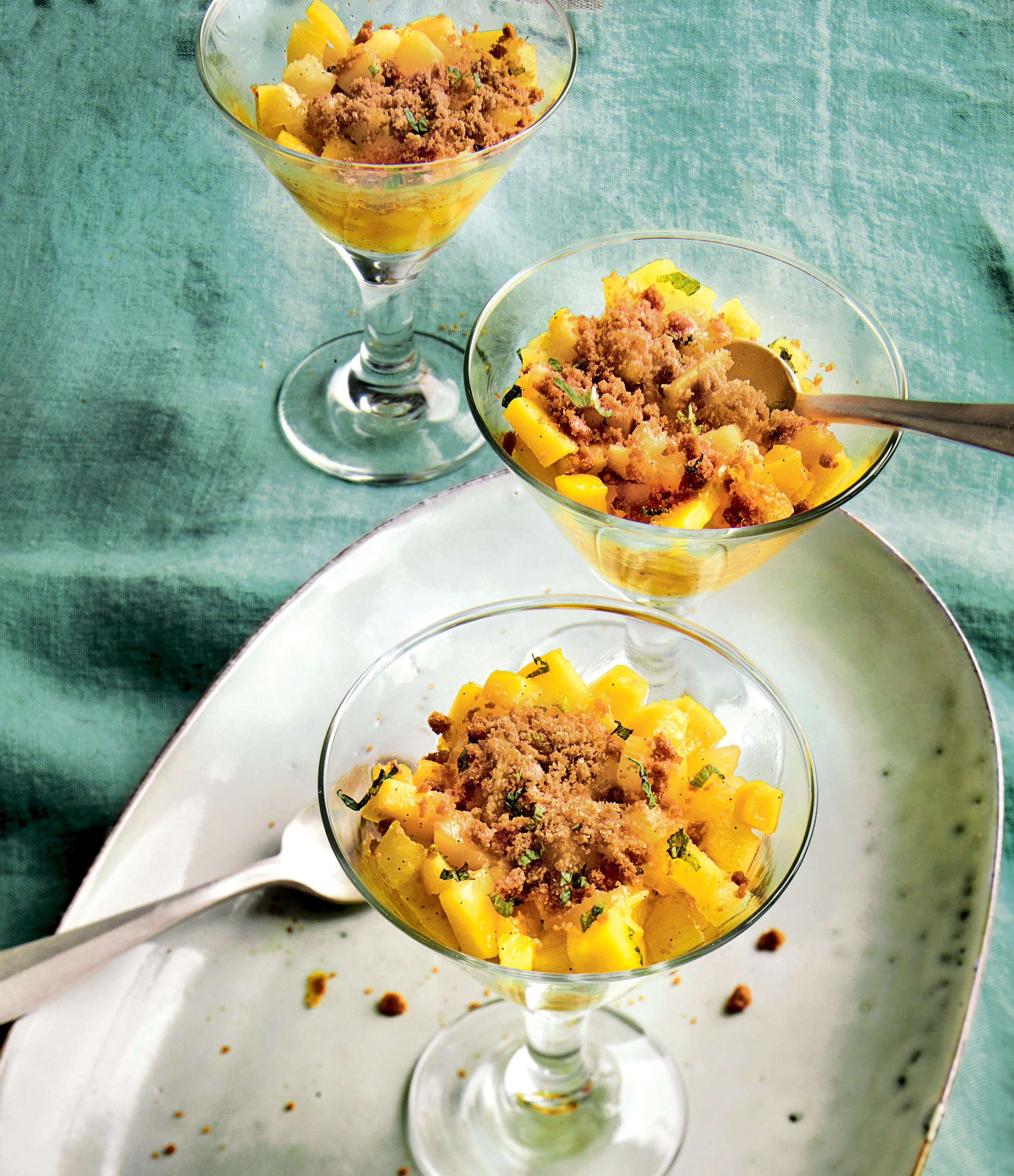 Photo de/du Mini-crumble mangue ananas par WW