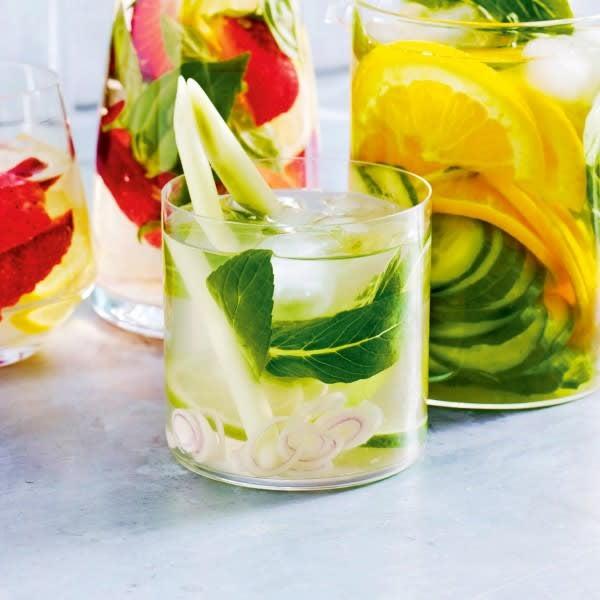 Photo de/du Eau aromatisée à la coco et au citron par WW