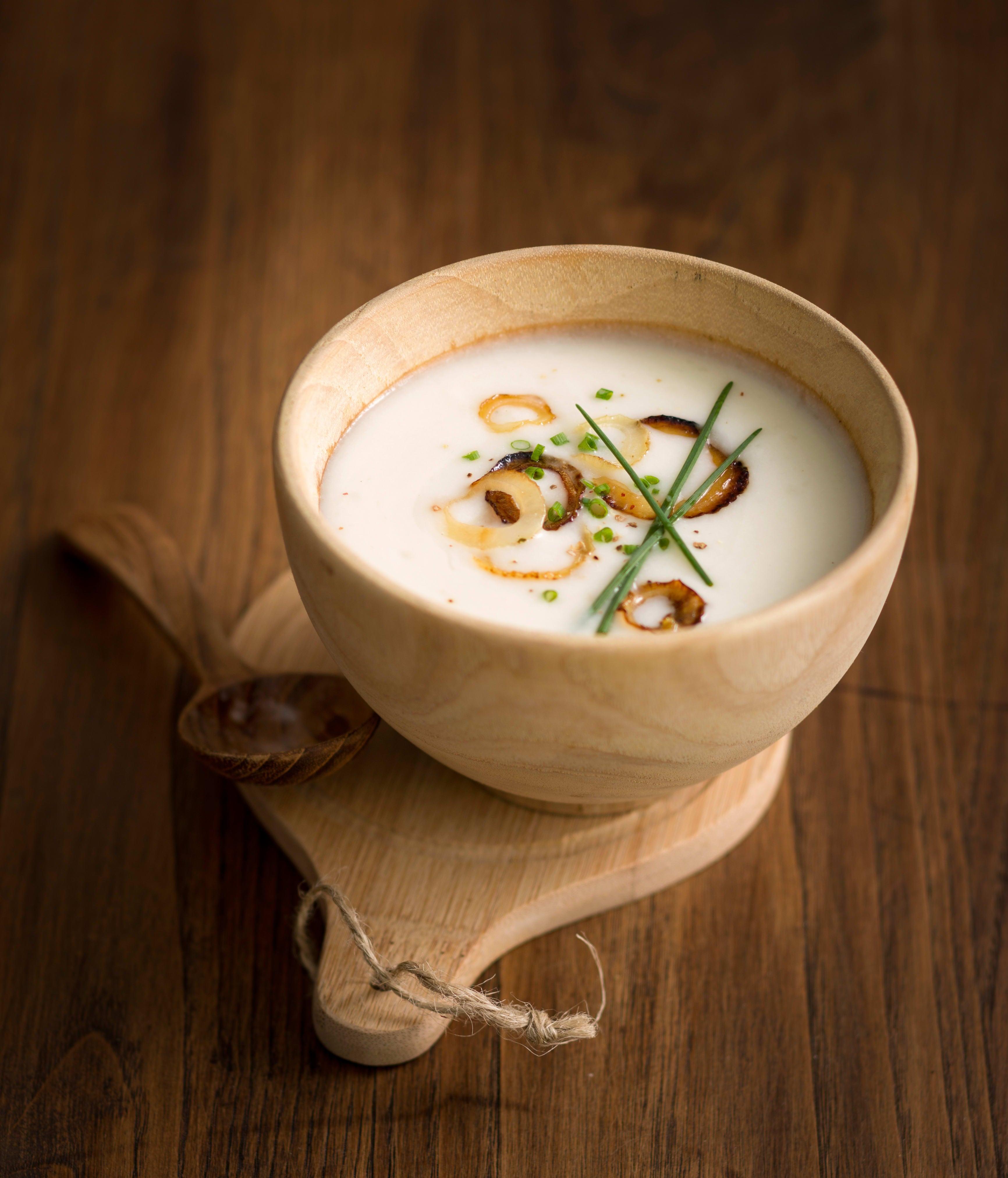 Photo de/du Velouté de Chou-fleur au lait d'amandes par WW