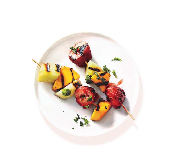 Photo de/du Brochettes de fruits au barbecue par WW