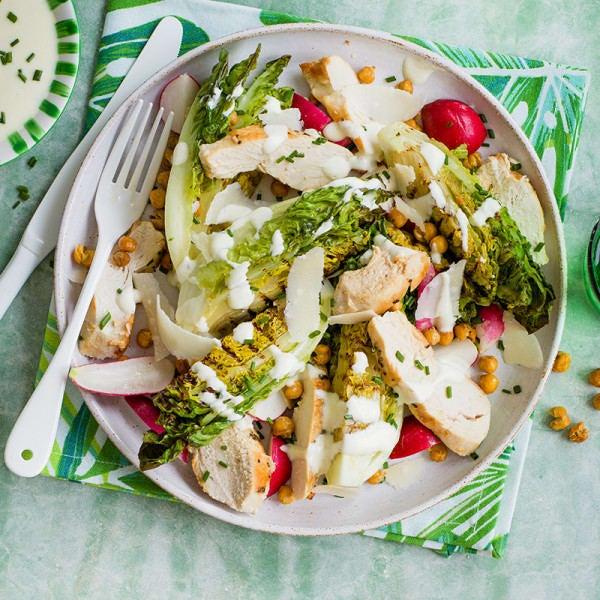 Photo de/du Salade de poulet et laitue grillée par WW