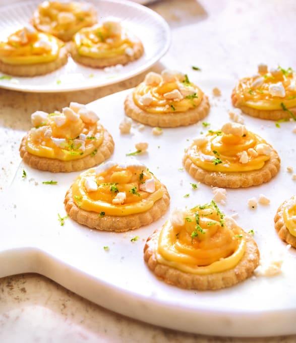 Photo de/du Tartelette au citron meringuée par WW