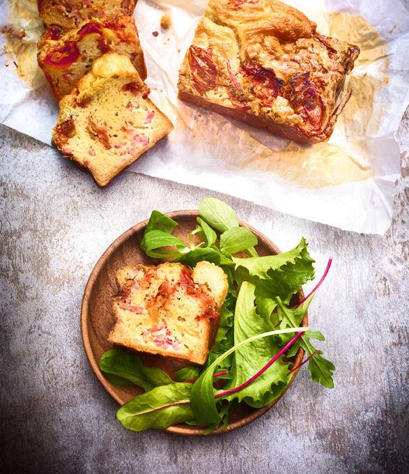 Photo de/du Cake au jambon et aux tomates confites par WW