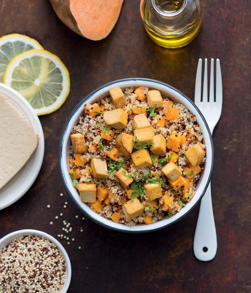 Photo de/du Veggie bowl de quinoa à la patate douce par WW