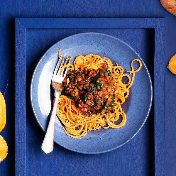 Photo de/du Bolognaise de lentilles et spaghettis de patate douce par WW