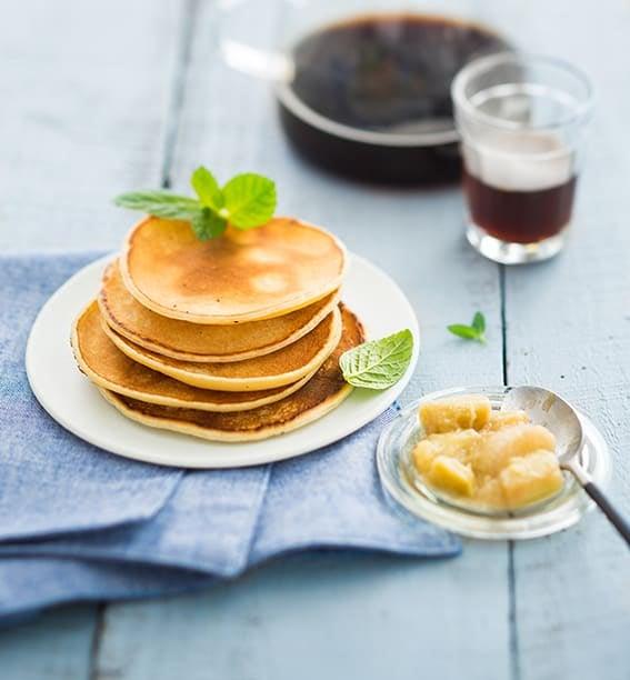 Photo de/du Pancakes de maïs à la compotée de rhubarbe par WW