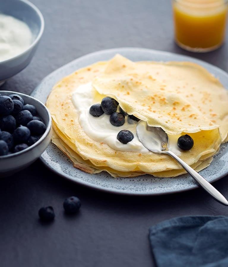Photo de/du Crêpes au yaourt et aux myrtilles par WW