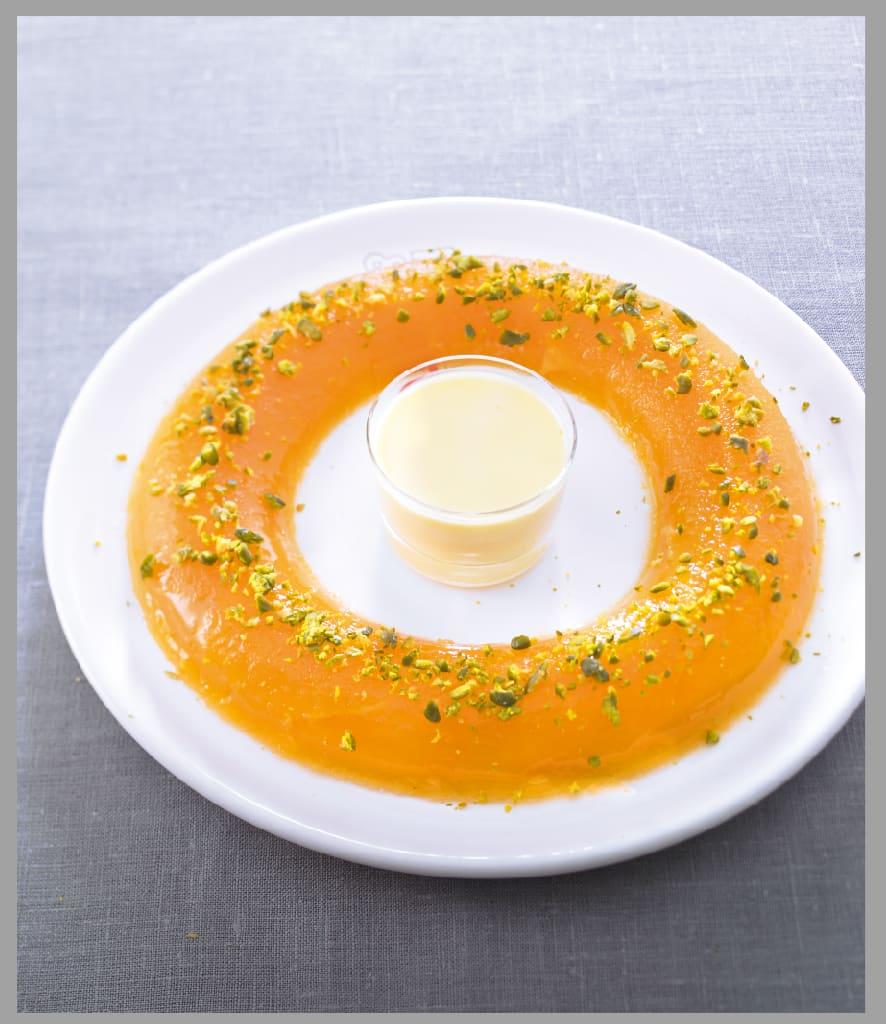 Photo de/du Aspic d'orange à la pistache et crème anglaise par WW