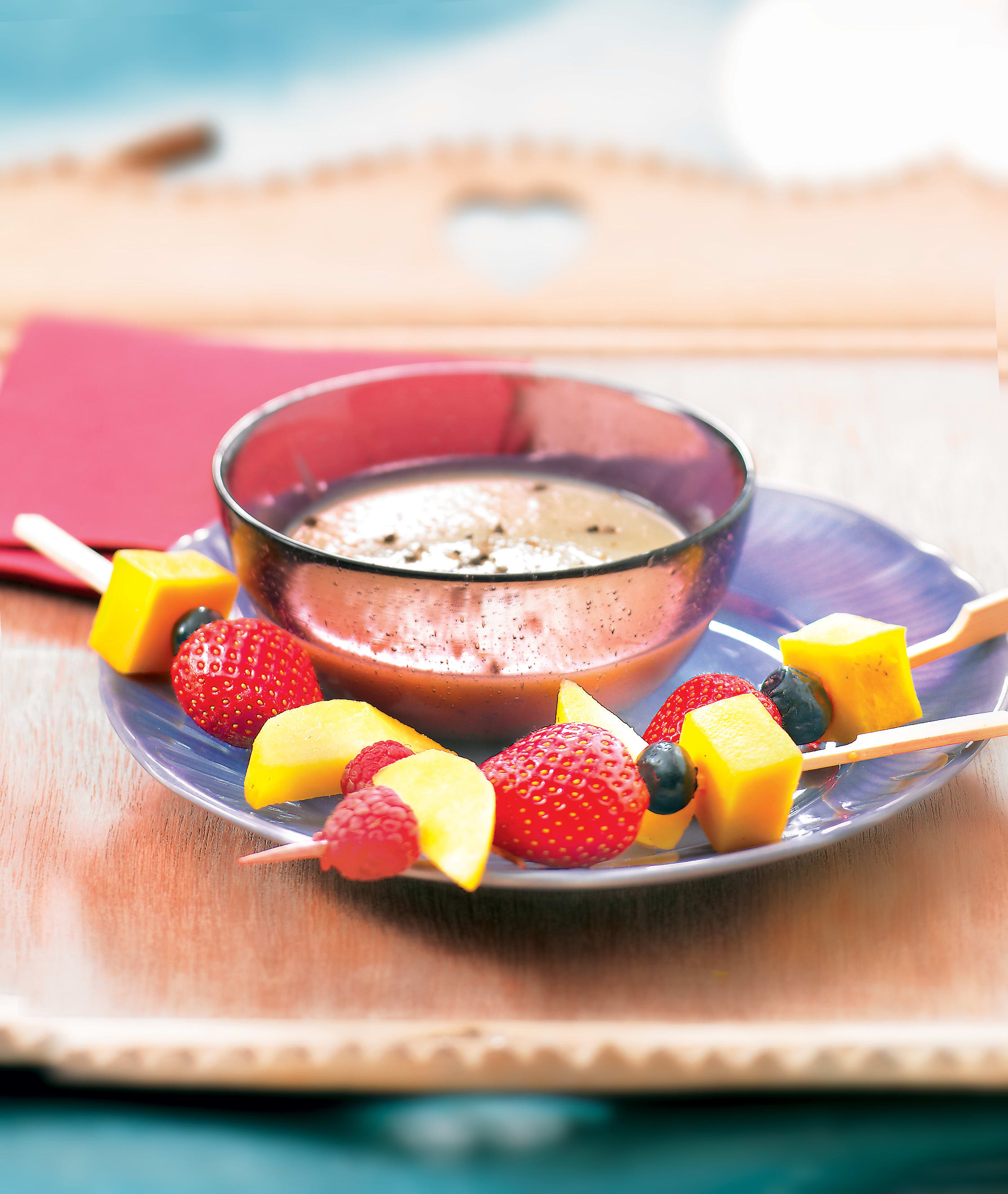 Photo de/du Dip de fruits, sauce au chocolat blanc et cardamome par WW