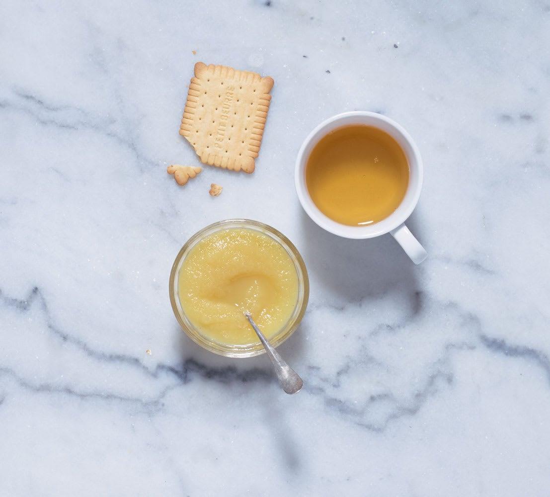 Photo de/du Compote, Petit beurre et thé par WW
