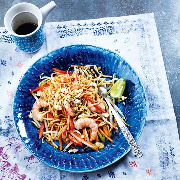 Photo de/du Nouilles aux crevettes avec piment doux, gingembre et carottes par WW