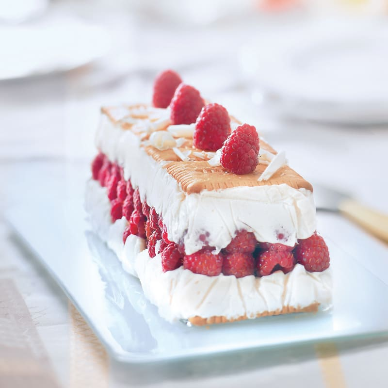 Photo de/du Terrine au chocolat blanc et aux framboises par WW