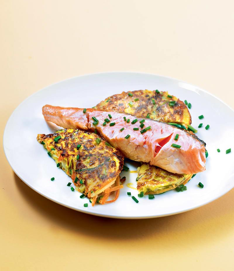 Photo de/du Galettes de légumes et saumon grillé par WW