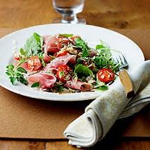 Photo de/du Salade de riz au jambon cru et à la roquette par WW