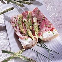Photo de/du Sandwich aux asperges et au jambon par WW