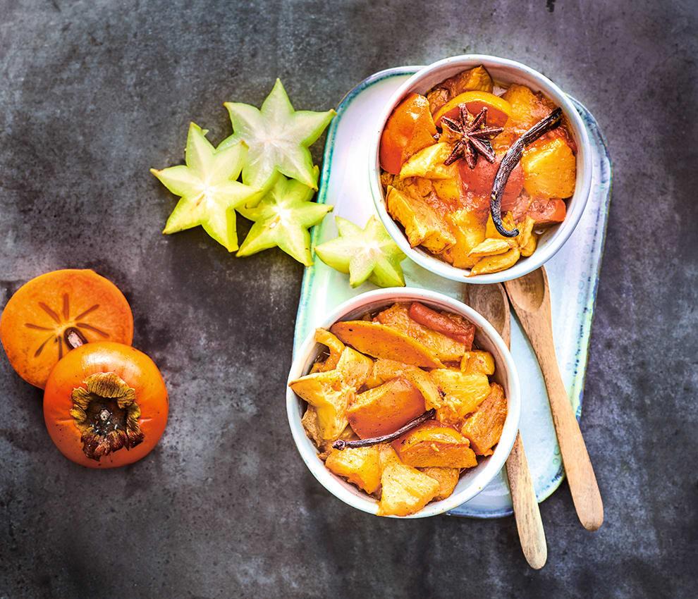 Photo de/du Compote de kaki, ananas et carambole aux épices par WW