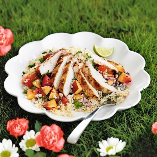 Photo de/du Salade de boulgour au poulet, salsa à la nectarine par WW