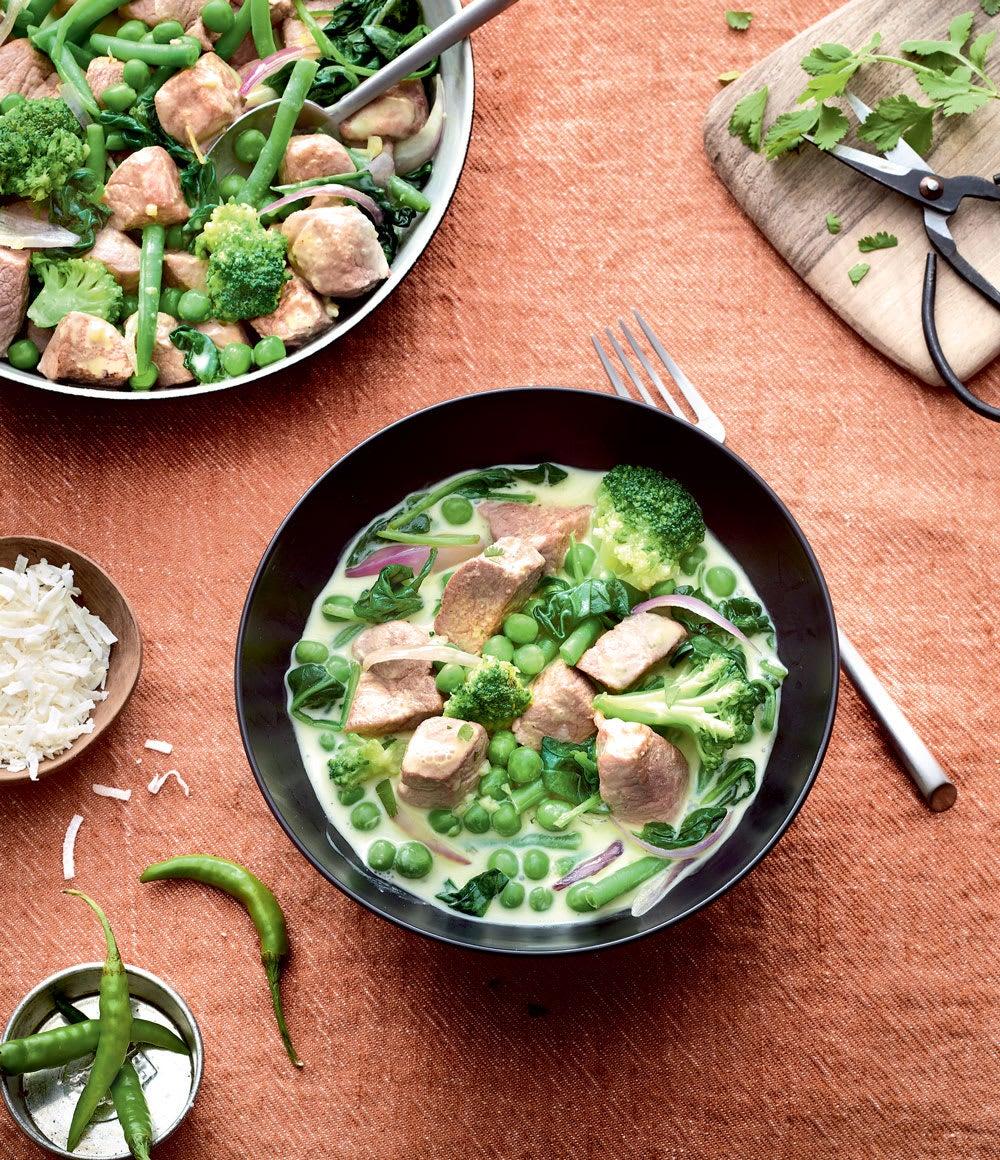 Photo de/du Curry vert de porc aux légumes verts par WW