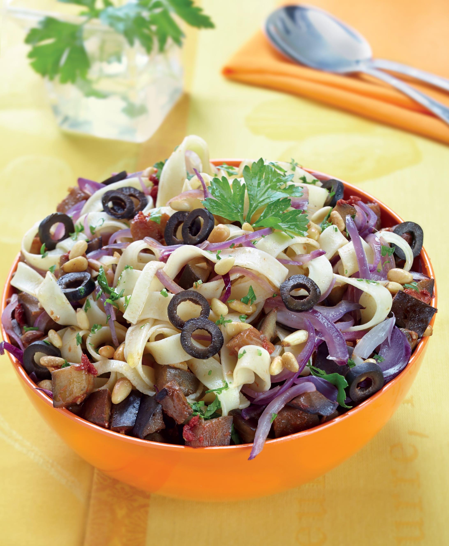 Photo de/du Tagliatelles aux aubergines, olives et pignons de pin par WW
