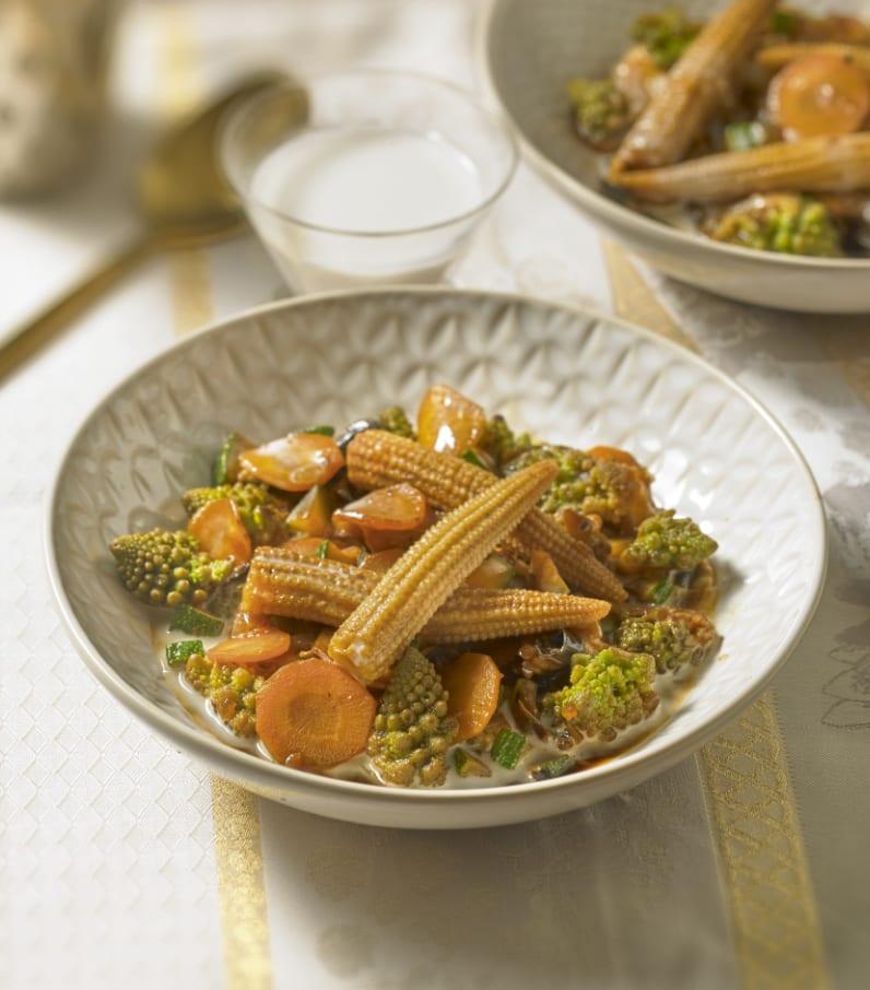 Photo de/du Wok de légumes croquant et sauce coco par WW