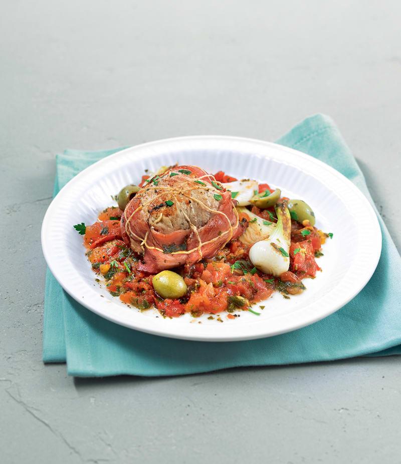 Photo de/du Paupiettes de veau aux oignons, aux tomates et aux olives par WW
