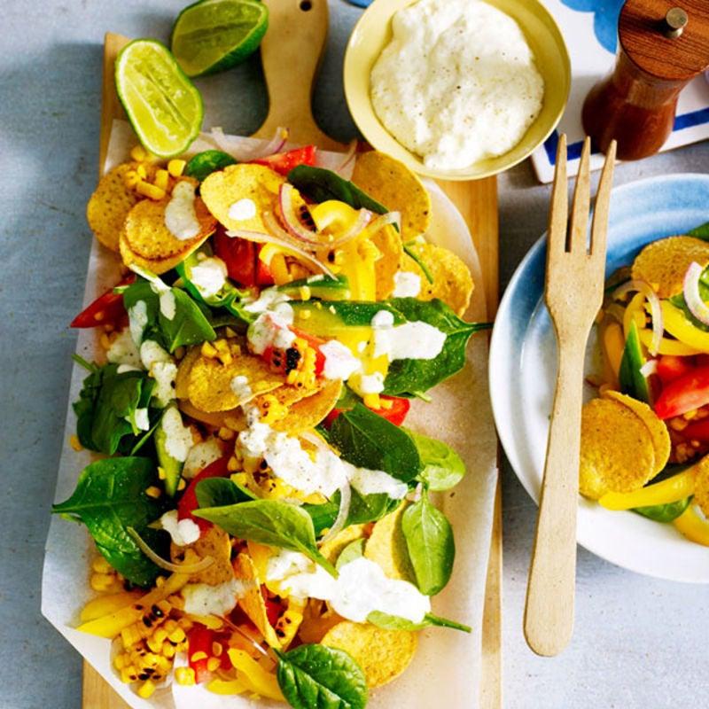Photo de/du Salade de tortilla chips et vinaigrette au citron vert par WW