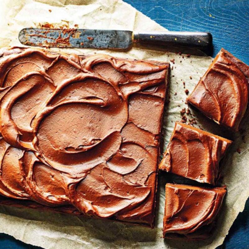 Photo de/du Gâteau aux dattes et chocolat, glaçage à la patate douce par WW