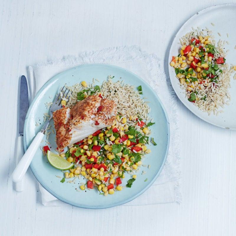 Photo de/du Cabillaud au citron vert et au piment avec salade de riz et de maïs par WW
